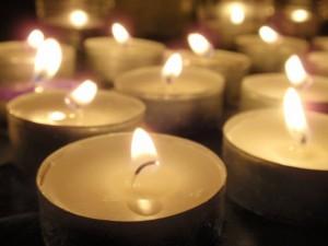 Шествие със свещи и пускане на летящи фенери 2013